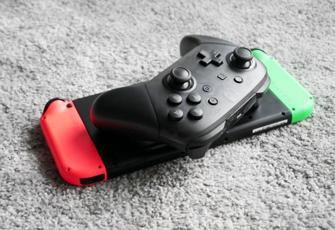Nintendo Switch Pro controller head