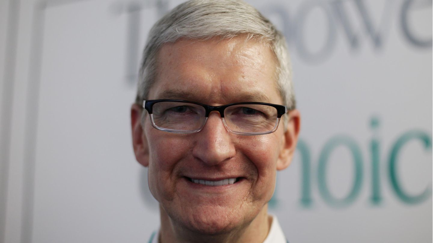In light of the impressive numbers, there's a reason to feel happy: Apple's president, Tim Cook
