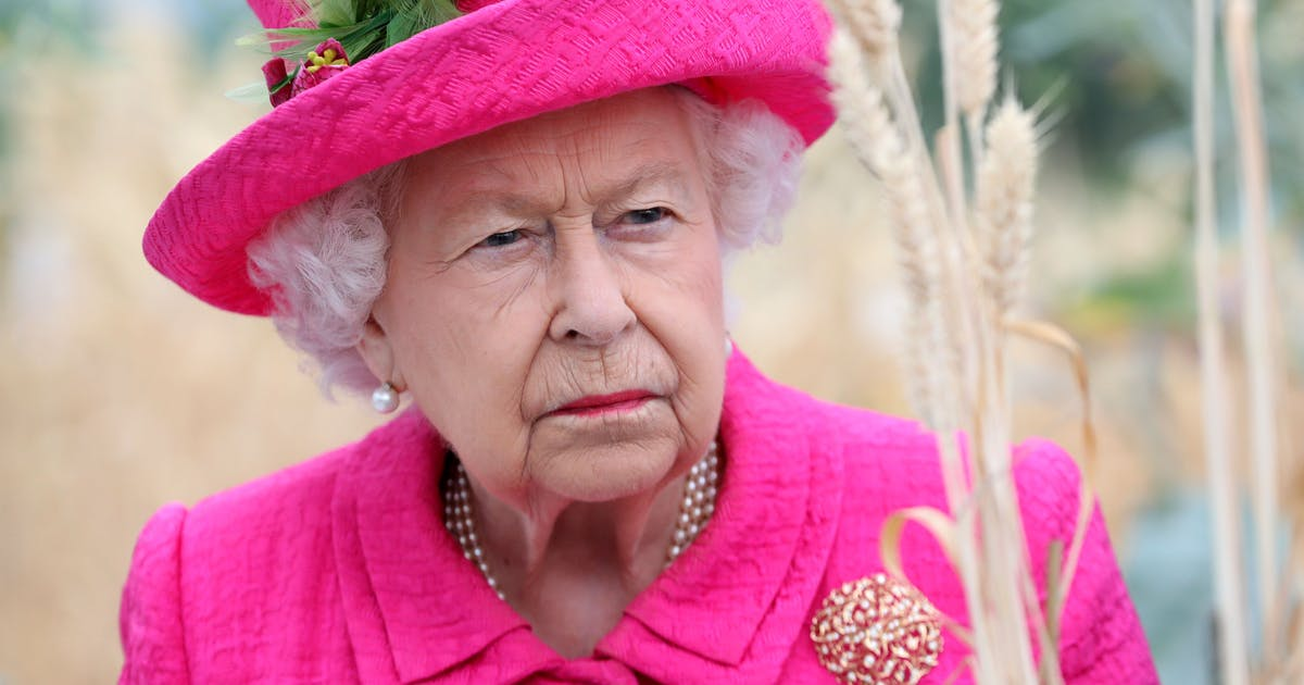 This time the Queen is faster than Harry and Meghan