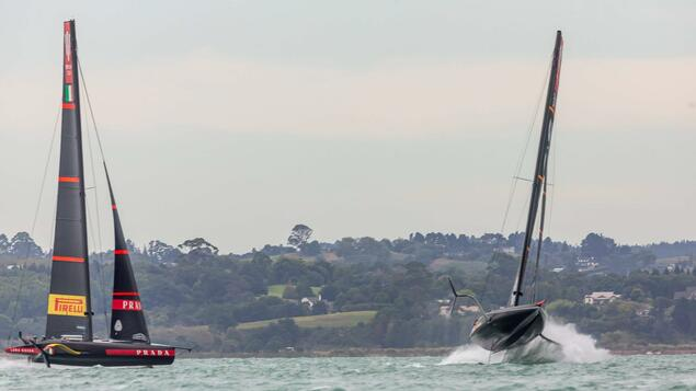 America's Cup - Duel Challenge: One Out, One In, Being First - Sports