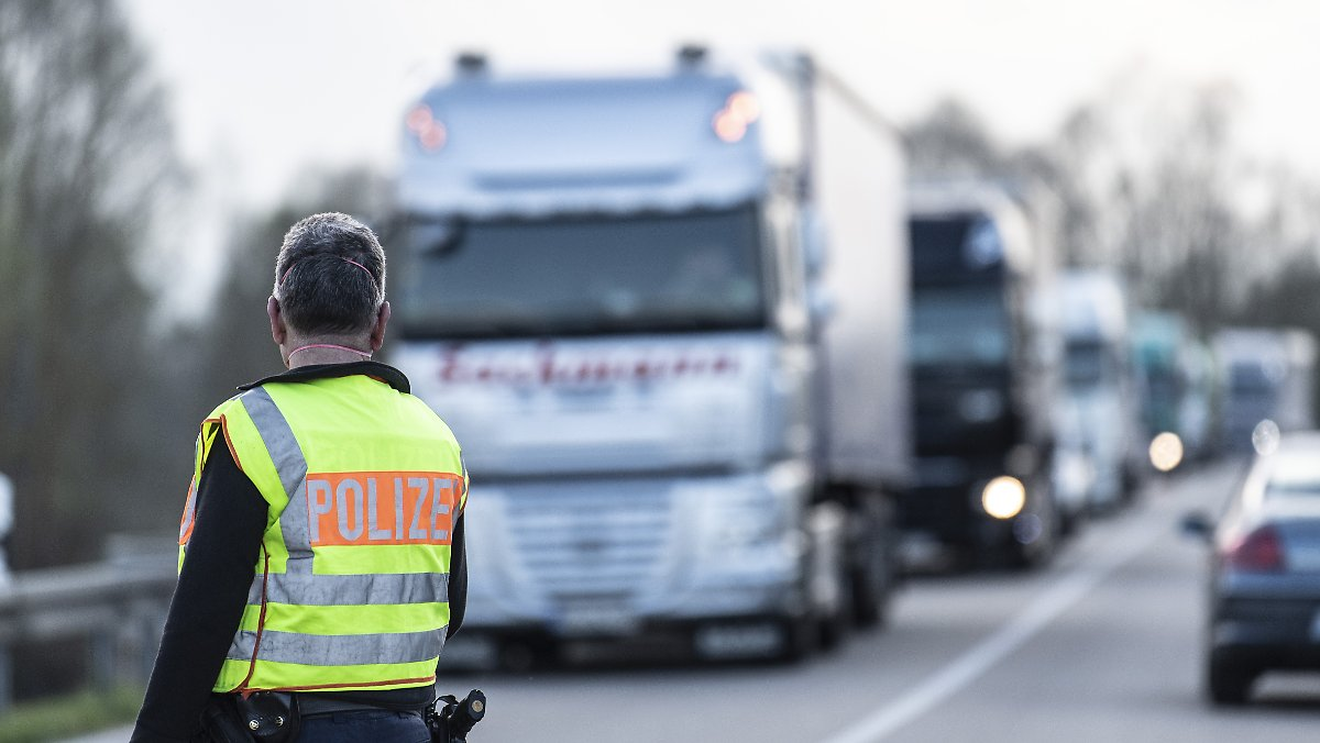 Border Control and Mandatory Testing: Industry Concerns About a Collapse of Supply Chains