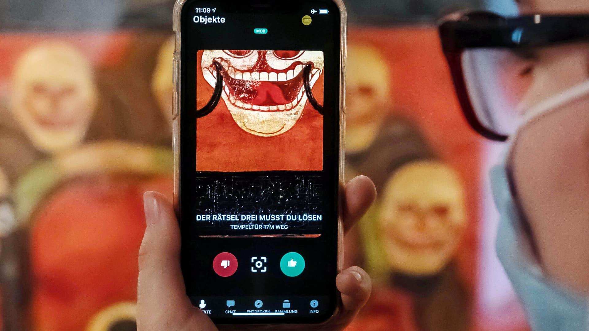 Digital Presentation: What Online Museums Offer