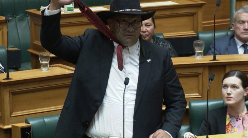 Waititi bezeichnet Krawatte als