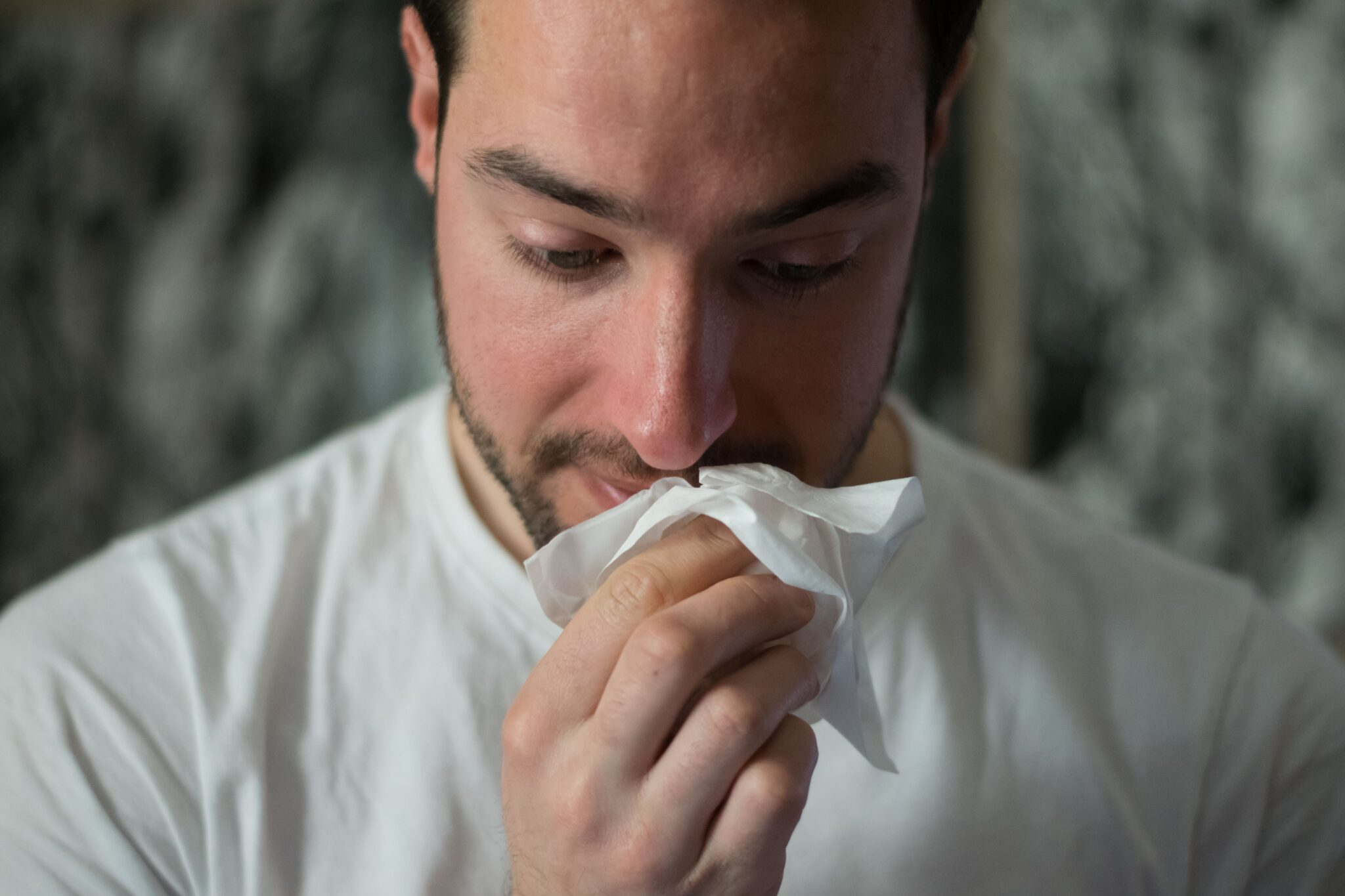 Sore throat and dry cough - Corona or an allergy to pollen?