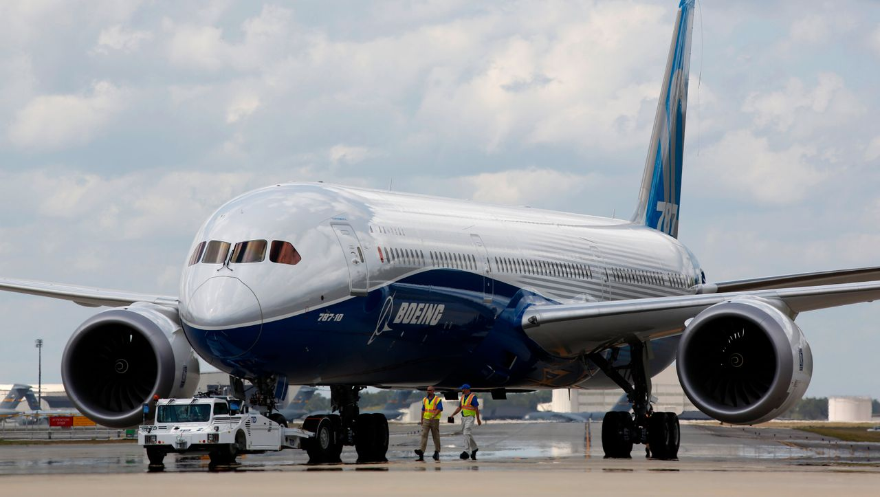 """US air traffic control orders searches of Boeing 787 """"Dreamliner"""""""