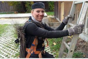 Janet Orr Chimney Broom