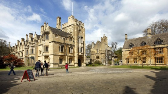 Magdalen College, St. John's Quad Place - one of 39 colleges, all independent and together making up the University of Oxford.  (Imago / Jochen Tak)