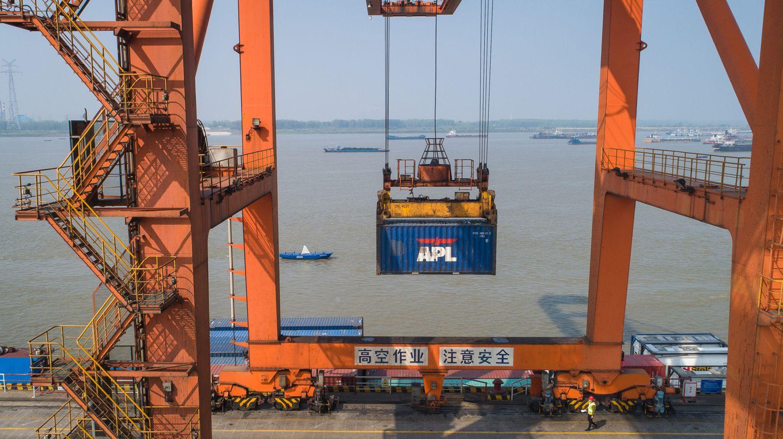 Corona Index: Corona beats in China, exports are booming