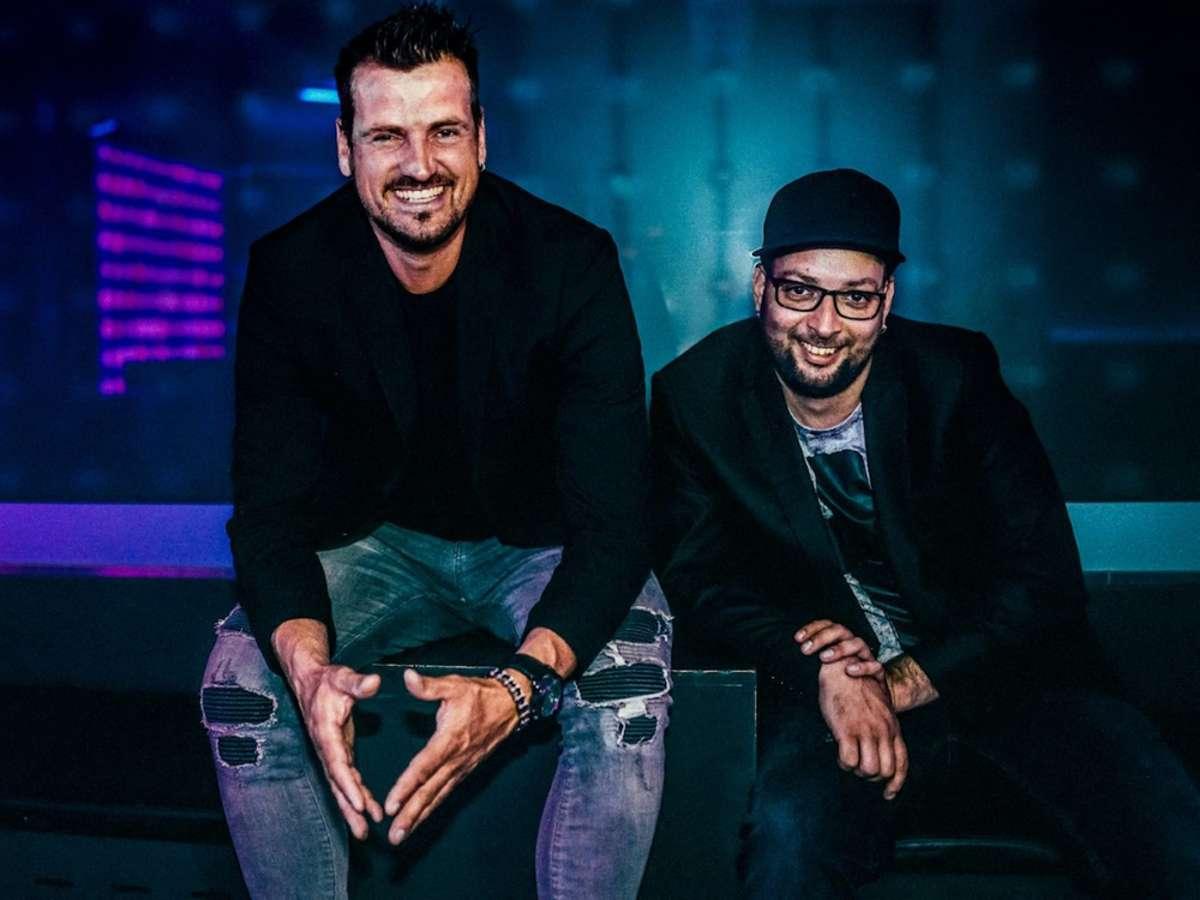 Rico Einenkel (li.) und Sebastian Seidel veröffentlichen ihr neues Album #Schlager. Foto: Mats Bohle