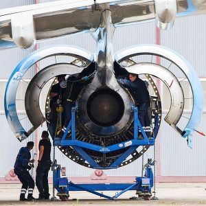 Losers Impulse - Jet Engine Makers Face Long Pandemic Recovery | Business