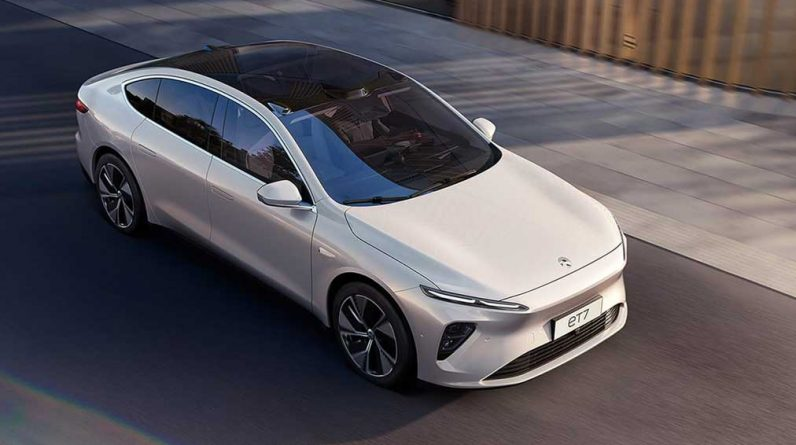Nio stock drops late in fourth-quarter earnings mix report; Delivery in February is slow