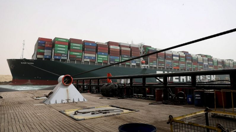 """Smit Salvage: The container ship """"Ever Given"""" is probably free at the start of the week"""