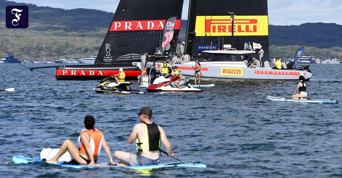 Stagnant winds prevent sailing races off Auckland