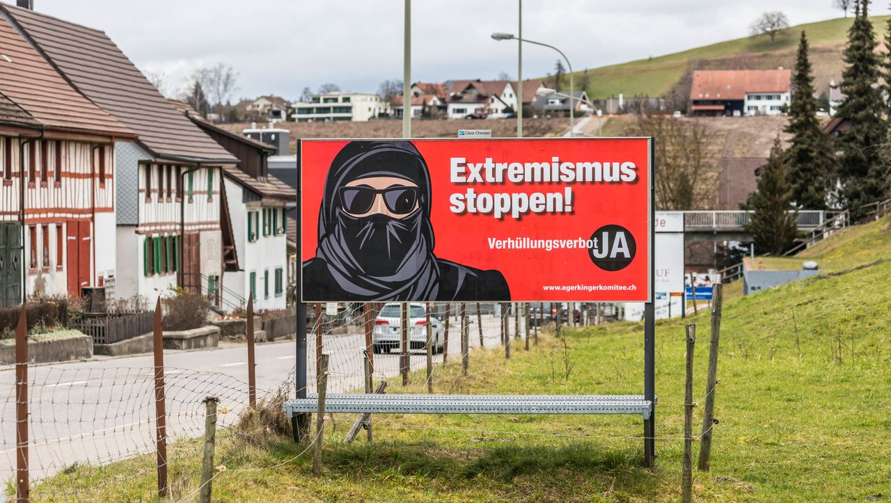 """Switzerland - The Burqa Law Vote: """"Of course, it makes no sense at all!"""""""