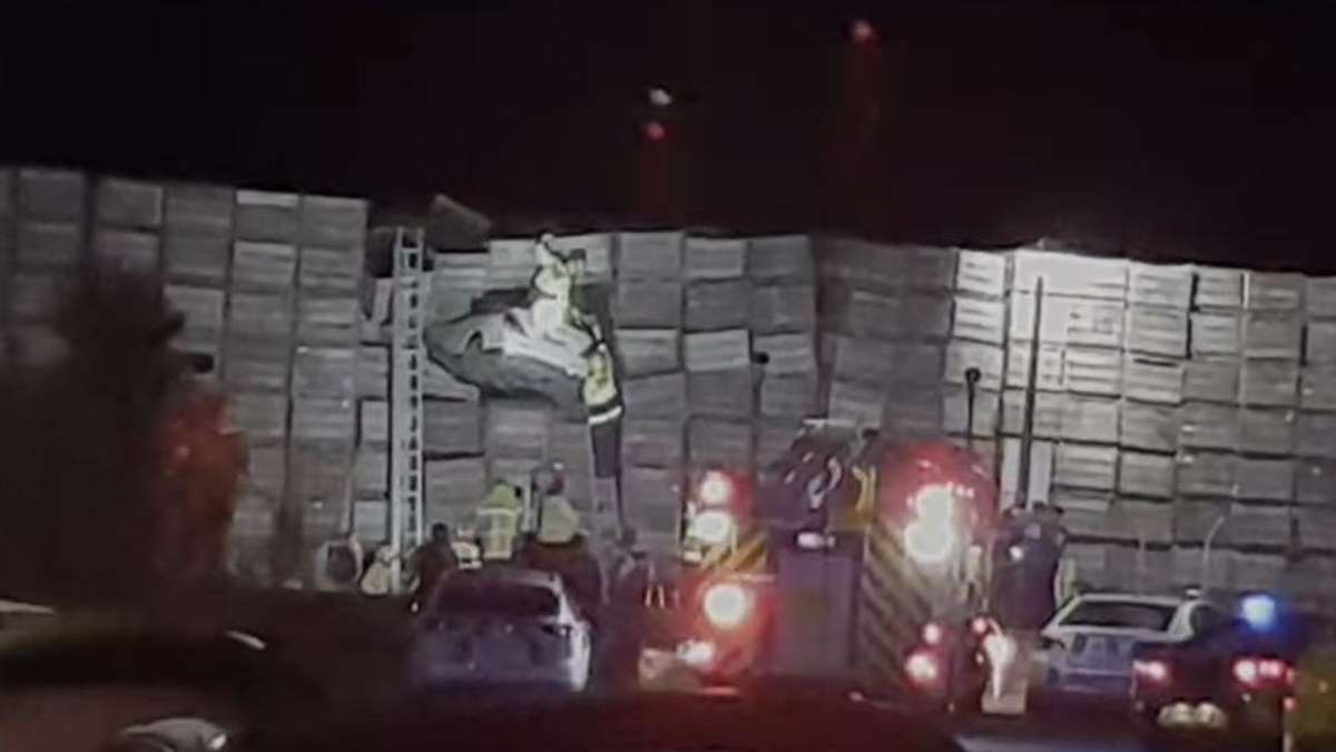 Drivers turn away from the police and fly ten meters in boxes of fruit: that's why you take off