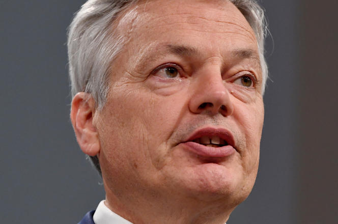 Didier Reynders, the Belgian Commissioner responsible for freedom of movement in the European Union, advocates for the creation of a health certificate for the summer.