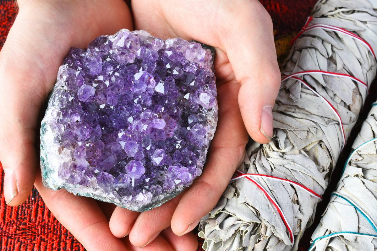 French Minerals: Improve your health thanks to natural stones