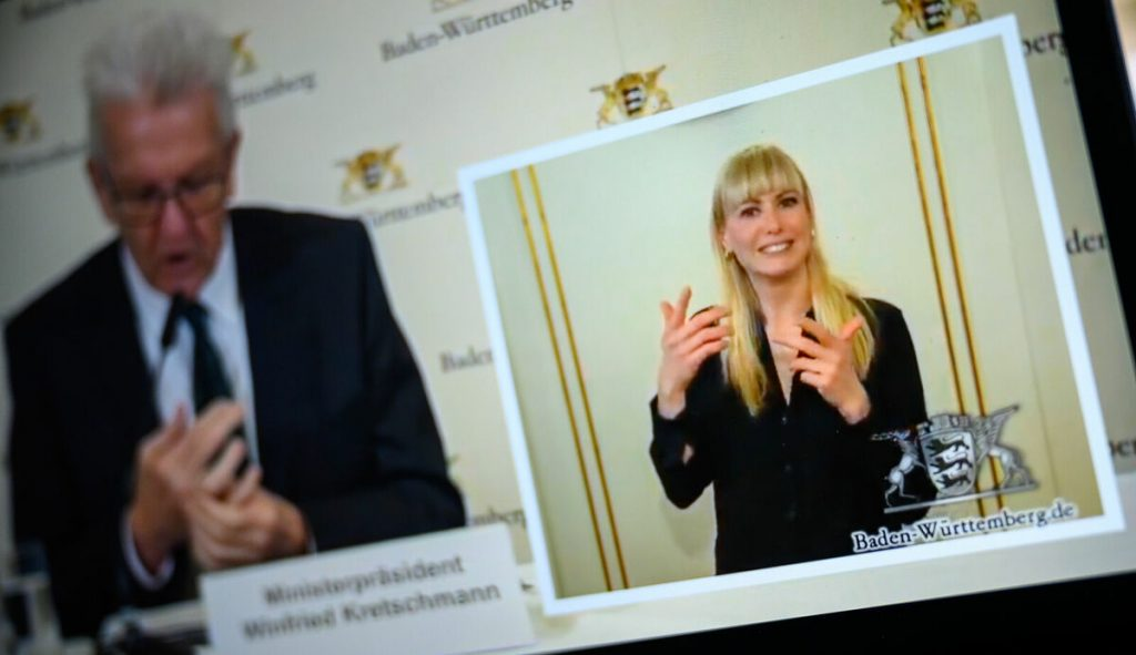 """""""In Germany it is a tradition to ignore sign language"""" (nd aktuell)"""