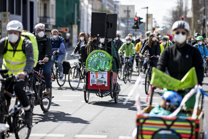 An Environmental Working Group rally on Fridays for the Future calls for immediate action against global warming, April 23 in Berlin.