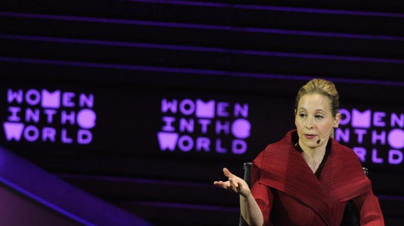 """Norina Hertz on """"The Crisis of Global Unity"""""""
