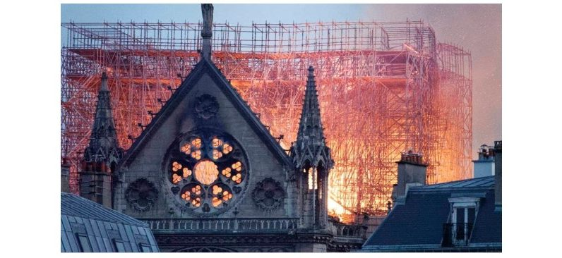 Sci-fi, comic or documentary about Notre Dame fire on Tuesday evening on TV