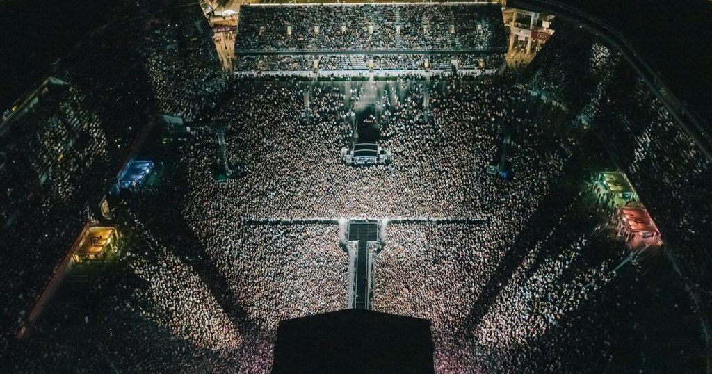 The Nation / New Zealand held the world's first and largest concert during the pandemic