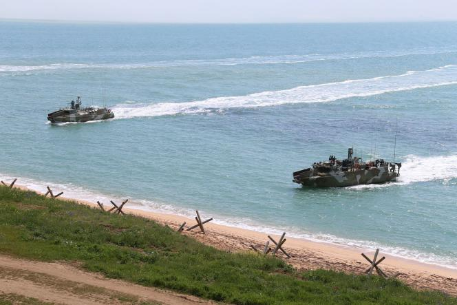Photo from the Russian Ministry of Defense showing a maneuver near Kerch.