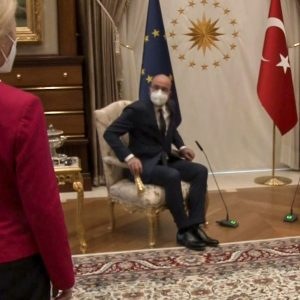 "Turkey blames the European Union for ""Sofa Gate"""