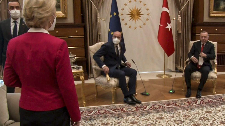 "Turkey blames the European Union for ""Sofa Gate"""