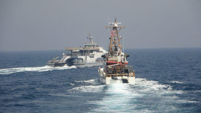 Warning shots for the US Navy on Iranian ships in the Gulf