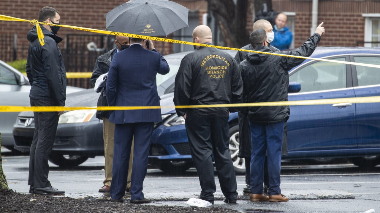 Washington: Two dead, three wounded after shooting - News abroad