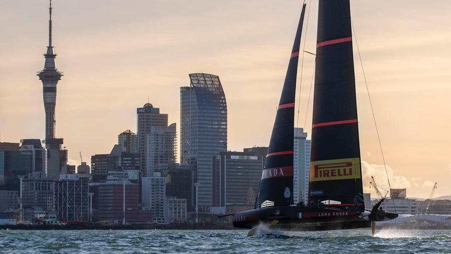 America's Cup, Oakland surrenders in the regattas stadiums