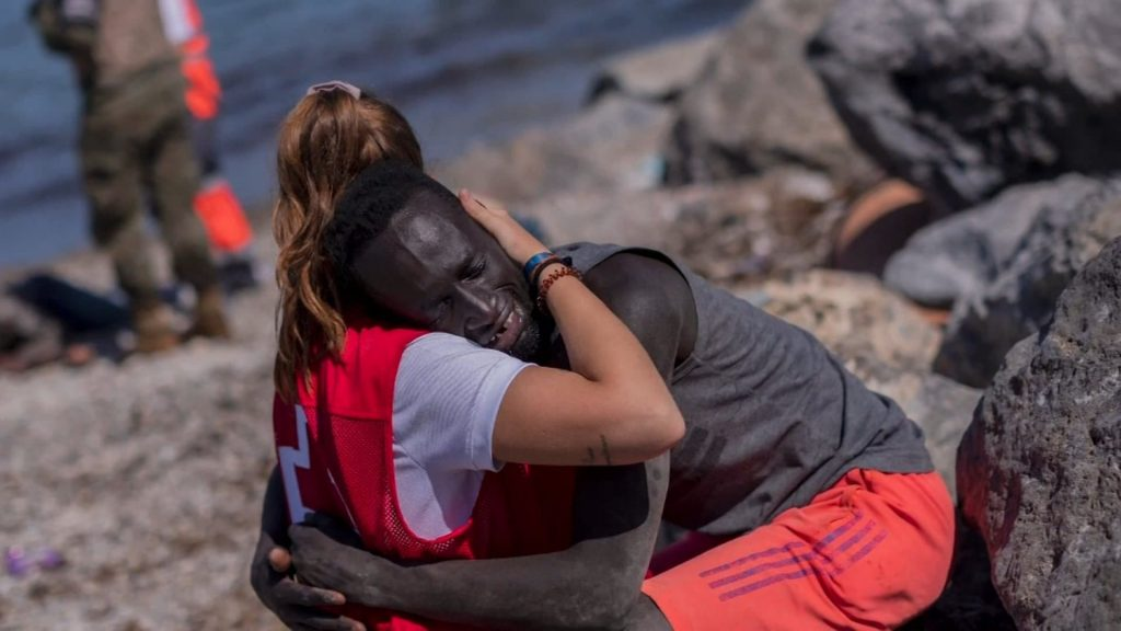 A Spanish rescuer is harassed online for appeasing a Senegalese immigrant in Ceuta