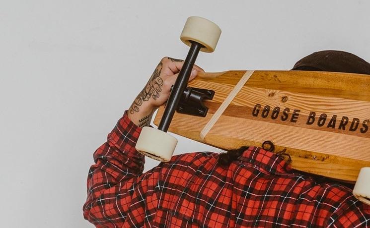 Goose skateboard