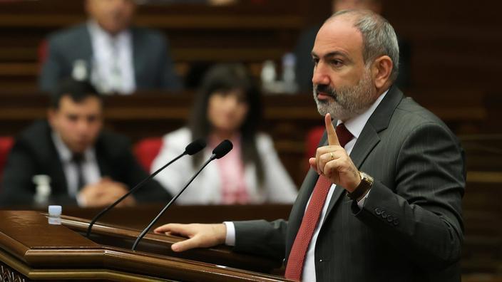 Le premier ministre arménien Nikol Pashinyan durant une session du Parlement à Erevan, le 10 mai 2021.