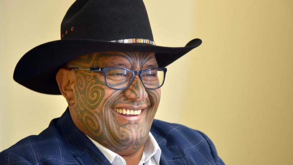 Maori protest in the New Zealand Parliament - Currier is pleased