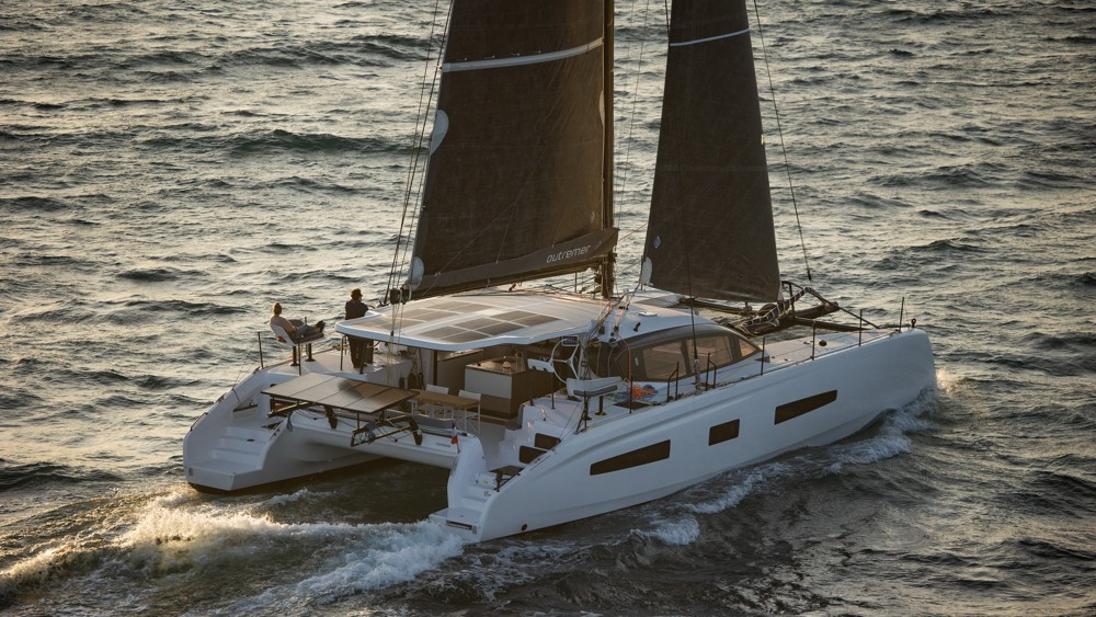 Les fabricants catamarans Grand Large Yachting réalisé vidéos longues incluant simulations conditions météo, bord 5 modèles.