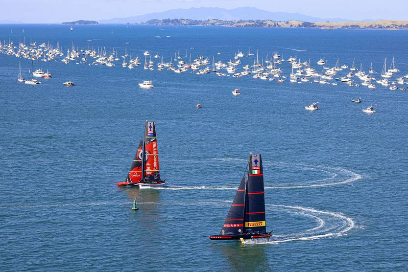 The New Zealand team retains the American Cup in Yachting, the oldest sports cup in the world |  newspaper