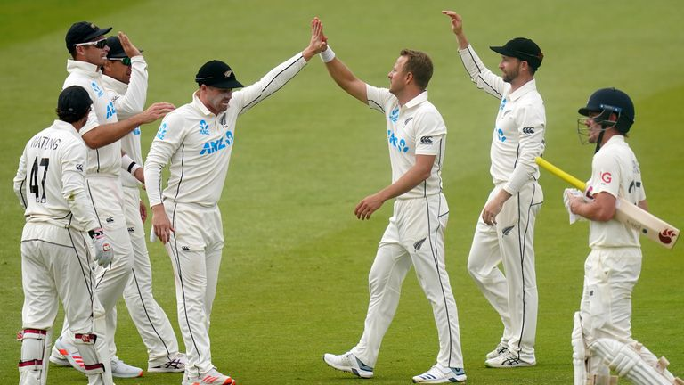 New Zealand took two stakes in England after Captain Ken Williamson said at lunch on the fifth day