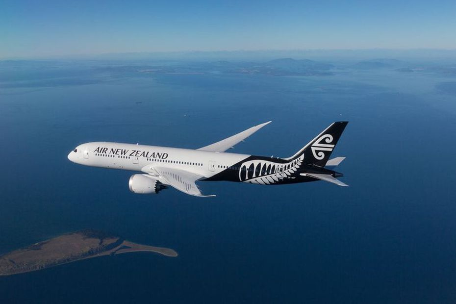 Air New Zealand Dreamliner cargo plane returns to Tahiti on May 20