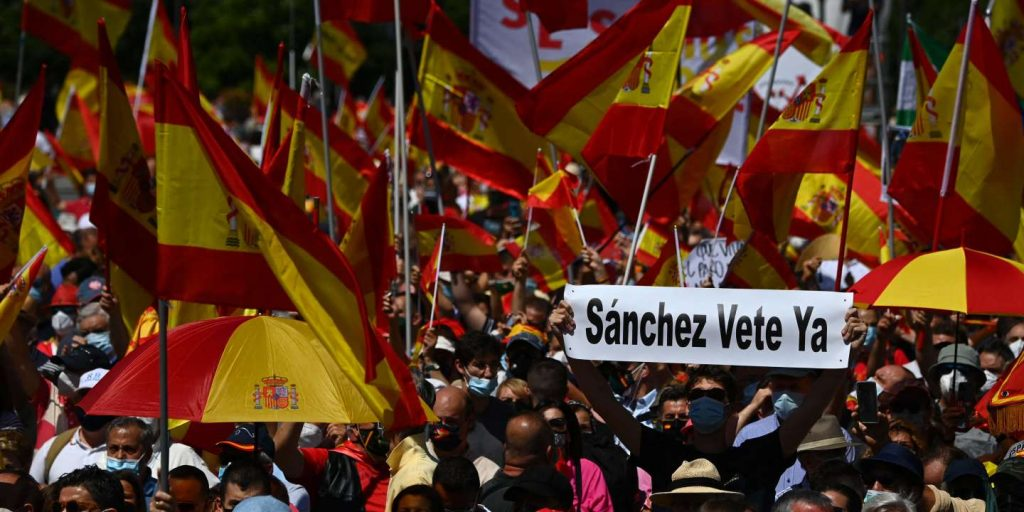 In Spain, rights protest against the amnesty plan for Catalan independence leaders