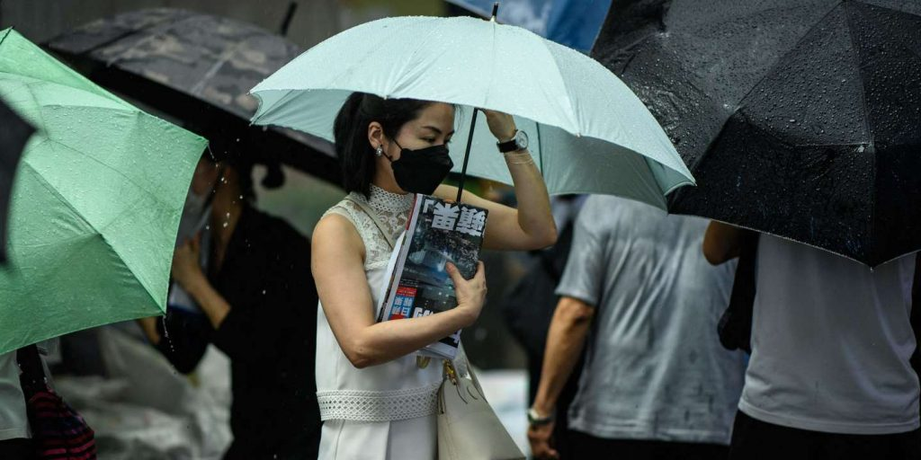 """In Hong Kong, the opposition newspaper """"Apple Daily"""" was bid farewell, which was closed by the authorities"""