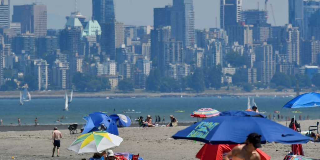 """The """"thermal dome"""" in the west is causing record temperatures"""