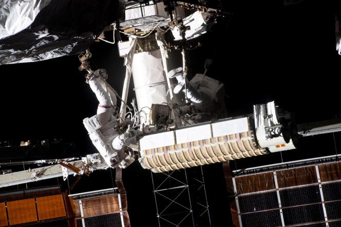 French astronaut Thomas Pesquet, left, and NASA astronaut Shane Kimbrae, right, on a spacewalk on June 20, 2021.