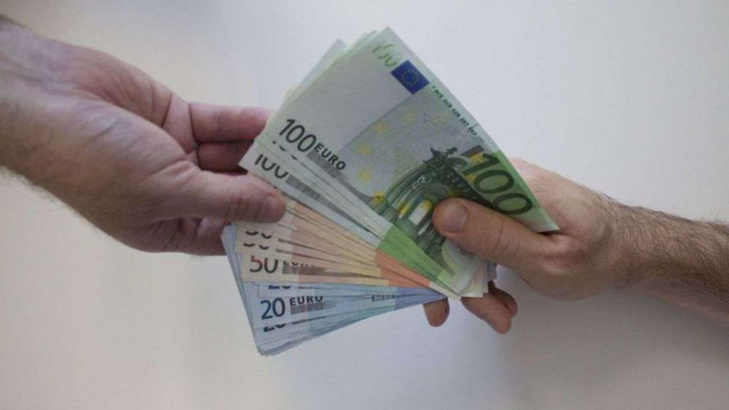Germany: The basic income of € 1,200 was tested on one hundred people