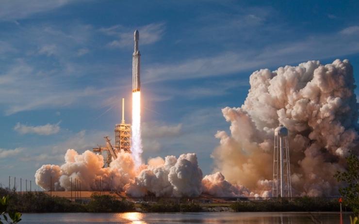 Décollage d'une fusée de la NASA