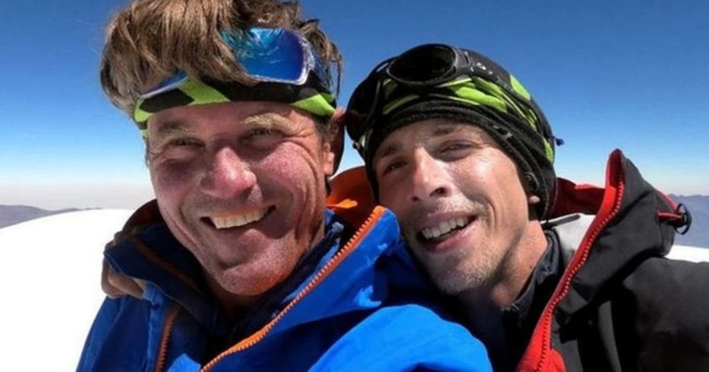 Two famous Czech mountain climbers miraculously from the Himalayas