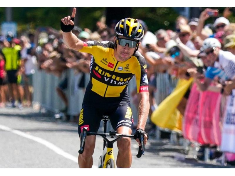 new Zeland.  George Bennett was awarded the national title.  Williams among women