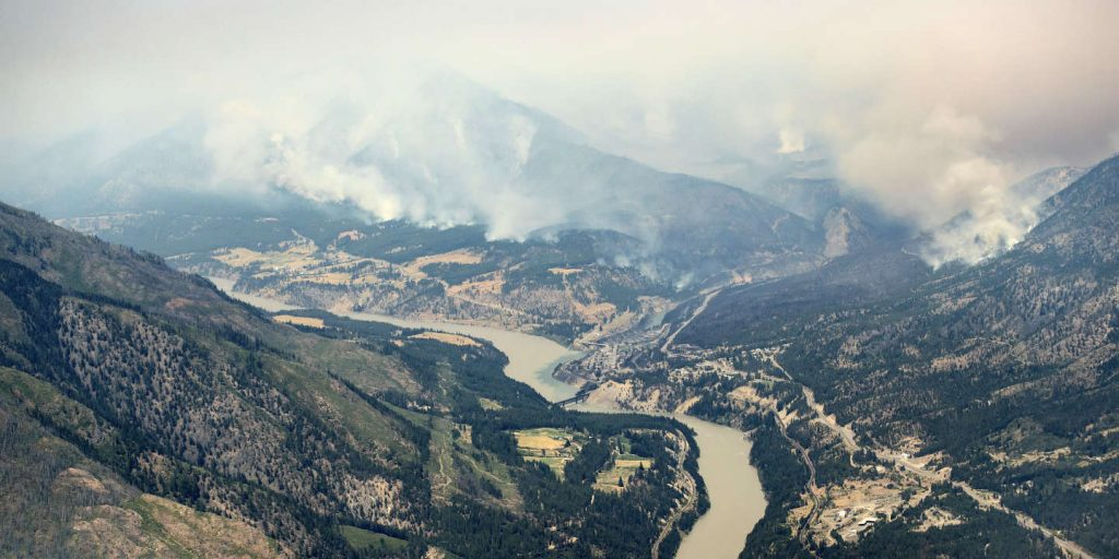 Fires in western Canada, 1,000 people evacuated