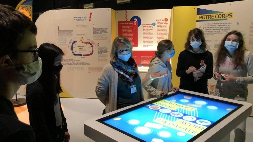 Dix épreuves interactives permettent de mieux comprendre les liens entre sport et science.